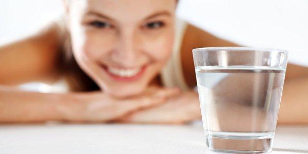 12 buone ragioni per bere acqua